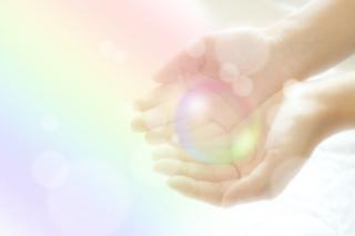 手と光 (2).jpg