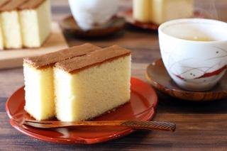 日本茶とカステラ.jpg