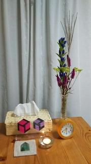 秋の花のあるテーブル.JPG